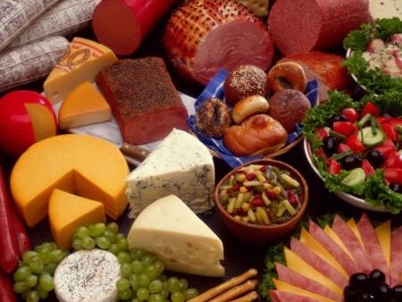 Como calcular comidas e bebidas para festas - Receitas e Dietas - R7