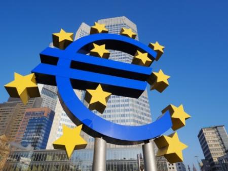 Herman Van Rompuy convoca reunião de emergência. Grécia está quase falida, e o próximo pode ser a Itália... Dívida americana cresce descontroladamente