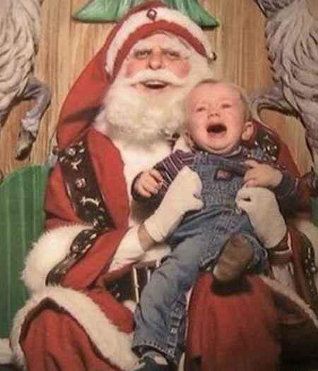 Este Papai Noel tem cara de mau. Não tem, não?