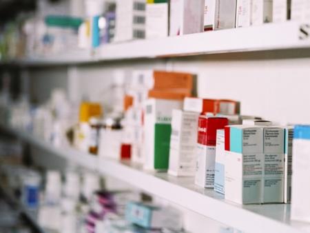 Regra proíbe venda de produtos em farmácias