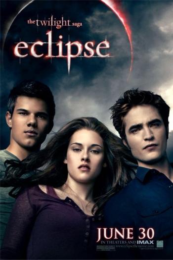 Em Eclipse, a relação de Bella e Edward evolui. Eles estão mais unidos do que nunca, principalmente porque Edward aceita (mesmo que contrariando todos os s...