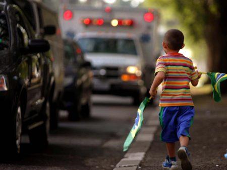 Criança semáforo