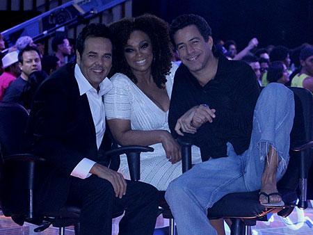 Paula Lima usa roupa de brechó na final de Ídolos - Moda e Beleza ...
