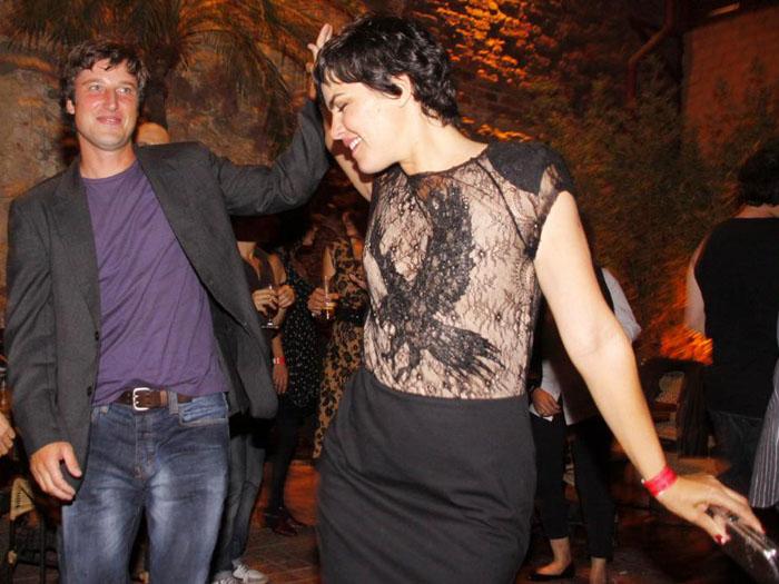 Ninguém sabe o que está acontecendo com a atriz Ana Paula Arósio ...