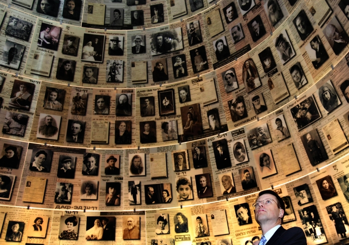 Gali Tibbon/08.11.2010/AFP