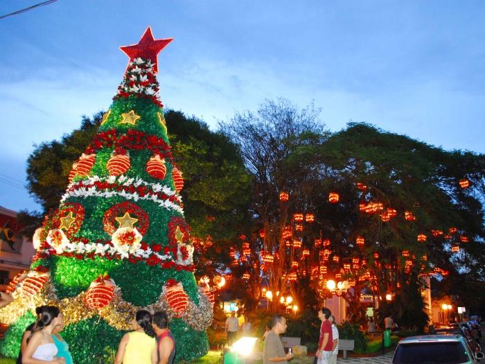 guararema-natal-2-decoração-g-20101213
