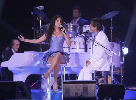 Paula Fernandes e Roberto Carlos