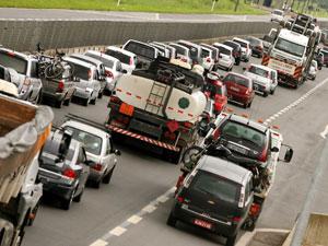Trânsito-nas-estradas