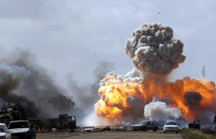 Bombardeio Líbia G