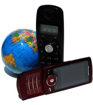 Cliente paga tarifas diferenciadas ao usar celular fora de sua área ...
