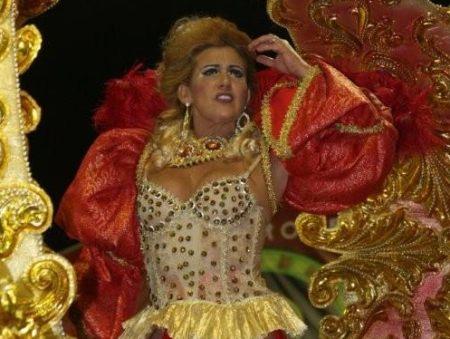Documentário sobre Rita Cadillac desmistifica a chacrete - Cinema ...