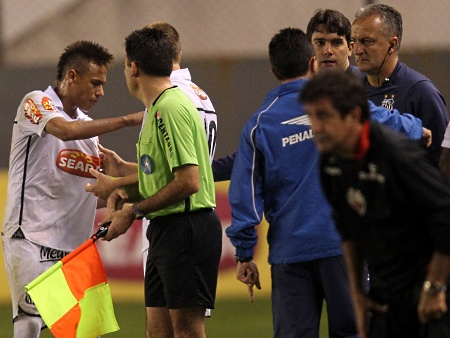 neymar briga dorival 450