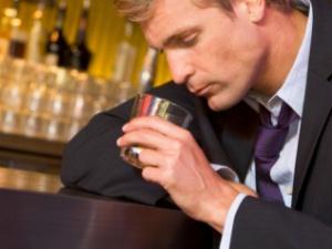 alcoolismo, bebida, 300 225