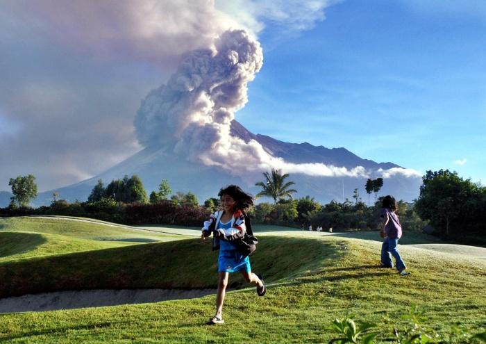 Fotos Vulcao Indonesia Vulcão Merapi Indonésia