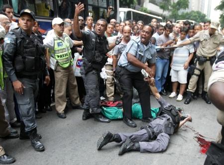 Policial Morto Centro Do Rio