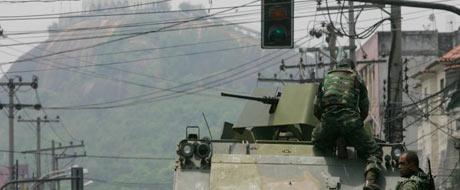 Veja imagens da ação da polícia no Rio