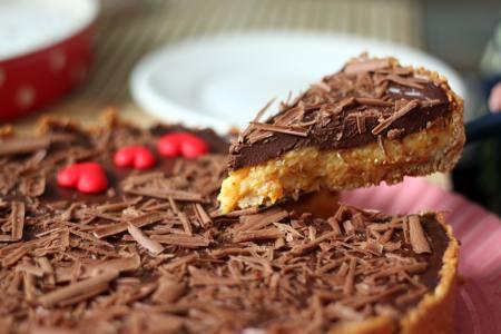 Torta de damasco com chocolate