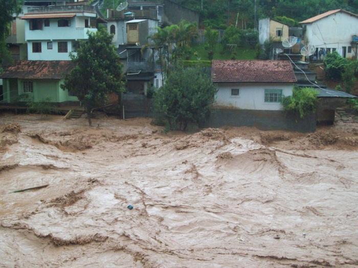 Bom Jardim decreta estado de calamidade pública  Rio de Janeiro  R7