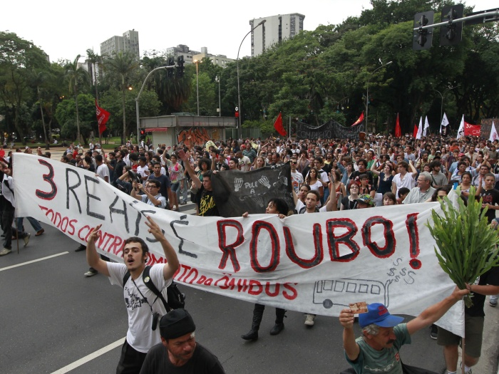 protestopassagem-20110113
