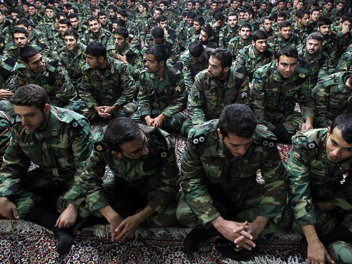 irã, soldados, mausoléu, khomeini