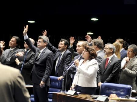 Votação do Mínimo no Senado