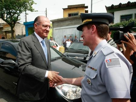 alckmin-assinatura-bo-hg-20110323