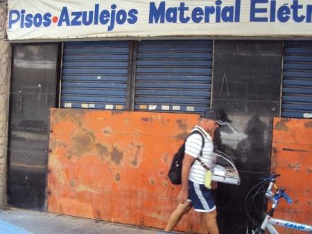 Comerciantes da Praça da Bandeira, no Rio, criam medidas ...