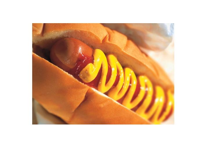 4º lugar: Cachorro-quente. Michelle cita um estudo da Universidade do Havaí, também nos EUA, que mostrou que o consumo de cachorros-quentes e outras carnes...