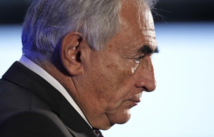 Charles Platiau/19.02.2011/Reuters