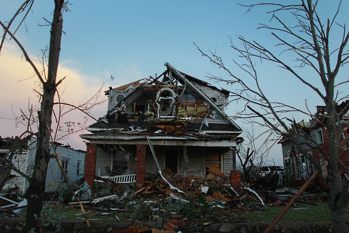 tornado joplin casa