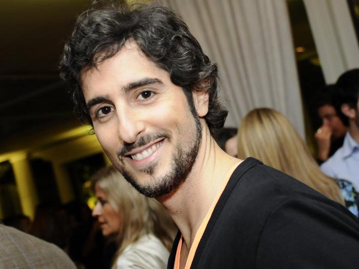 apresentador Marcos Mion começou sua carreira artística atuando no ...