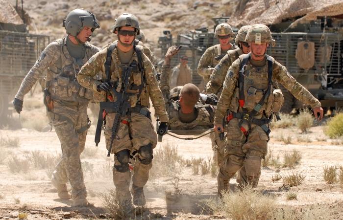 http://i1.r7.com/data/files/2C95/948E/30A0/ACA9/0130/A256/8AF2/1DB0/soldado-afeganistao-AFP-20110618-G.jpg