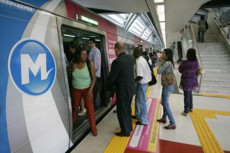 metrô exclusivo mulheres