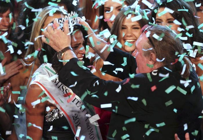 MISS ITÁLIA NO MUNDO - AP - 07-05-2011