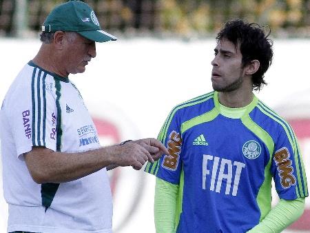 """Al Ain quer Valdivia, mas Palmeiras só aceita """"proposta obscena ..."""