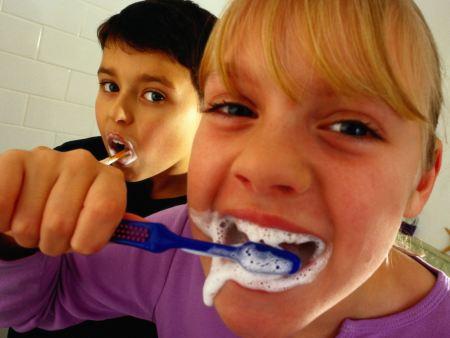 Escova dentes