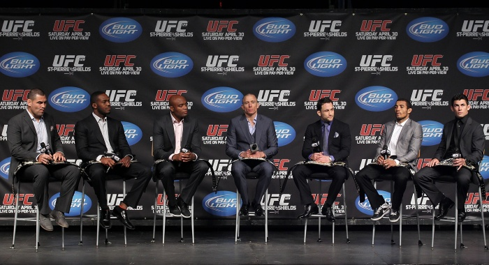 """Presidente do UFC afirma que evento já formou """"40 lutadores ..."""