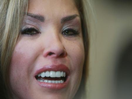 Verônica Costa é indiciada pelo crime de tortura contra o ex-marido ...