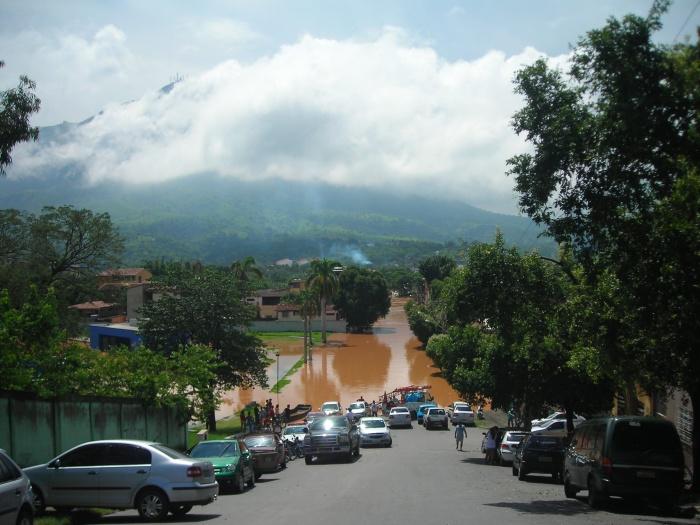 CHUVA-MINAS-VIA-ALAGADA-G