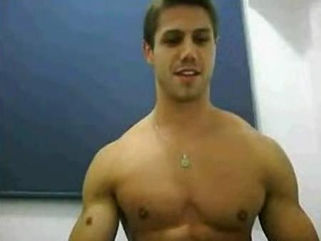 Vaza na internet suposto vídeo íntimo de Jonas