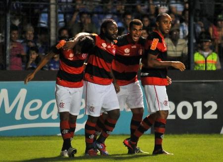 Flamengo Emelec 450