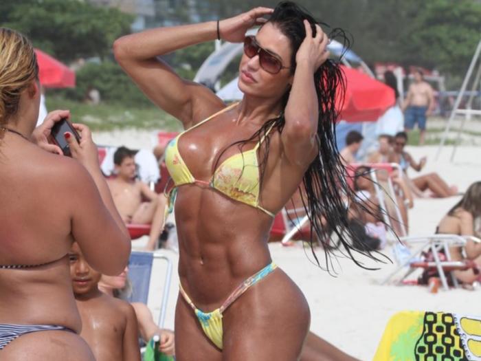 Gracyanne Barbosa pode estar na próxima edição de A Fazenda ...