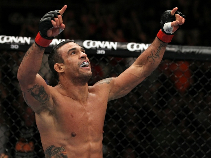 Belfort exalta sacrif&iacute;cio para atuar bem no UFC SP - Esportes - R7.com