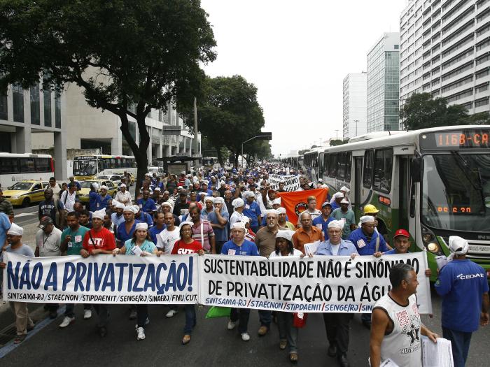 manifestação-tarde-dia20-centro-700