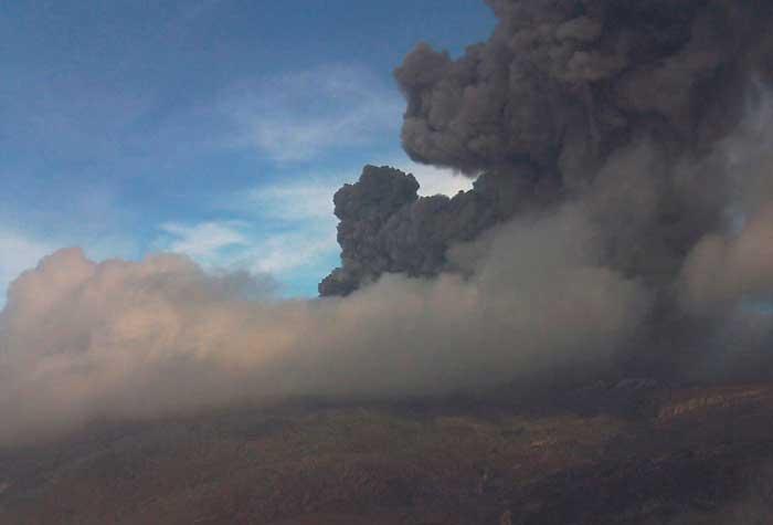 vulcão colômbia - 700 x 525