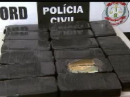 Motorista usou a mulher e os filhos pequenos para despistar as barreiras policiais. Ele buscava a droga em Mato Grosso e revendia no DF
