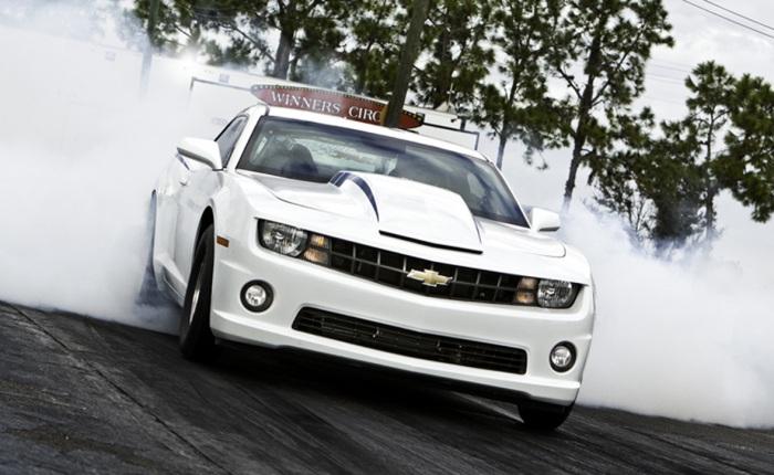 Apresentado pela primeira vez em 2011, o COPO Camaro é uma versão preparadíssima do esportivo da Chevrolet para competir em campeonatos de arrancada. Saiba...