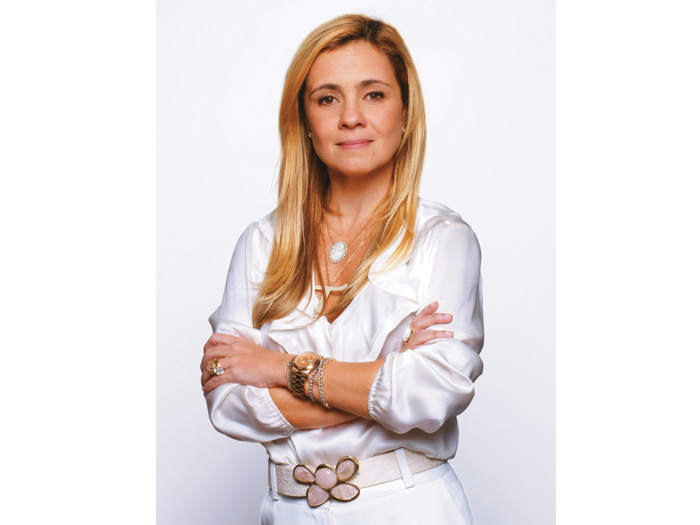 Adriana Esteves Defendeu Carminha Sua Personagem Em Avenida Brasil