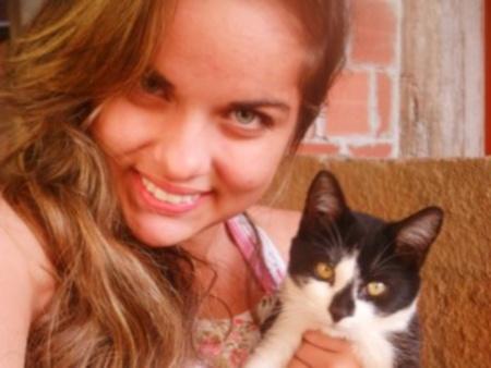 """Mãe de adolescente desaparecida no ES diz """"pressentir"""" que filha ..."""