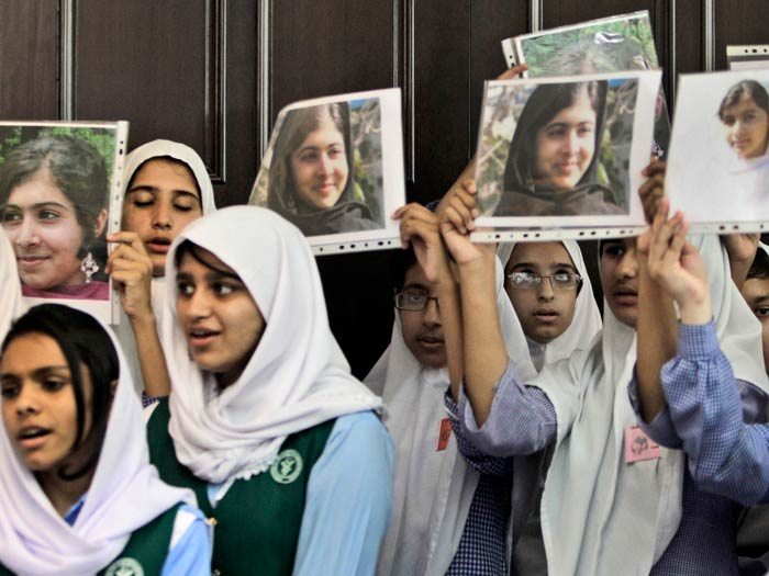 Taliban fouet adolescente